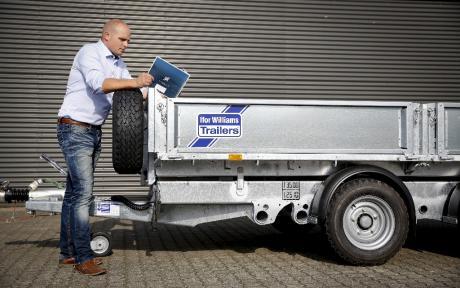 Stærke trailere til maskintransport
