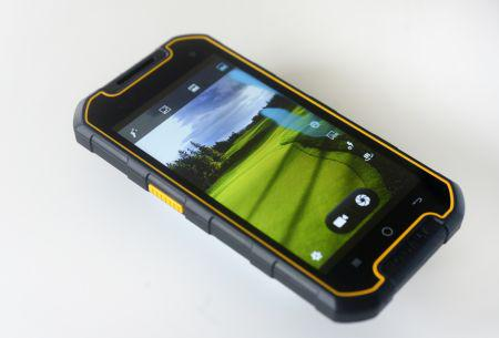 Ny robust telefon til byggeriet