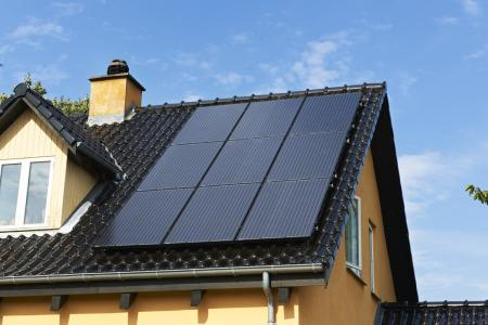 Solenergi stadig på yderst lavt niveau