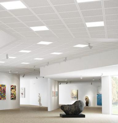 Integreret lys i akustikloftet giver optimalt arbejdsmiljø