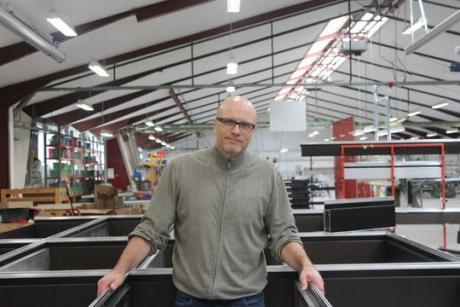 Facadeentreprenør sparer 115.000 kr. årligt med LED