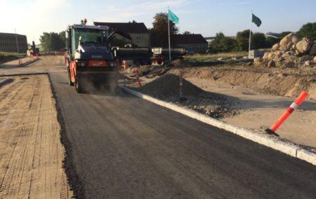 Overskudsbeton i asfalt giver holdbare veje
