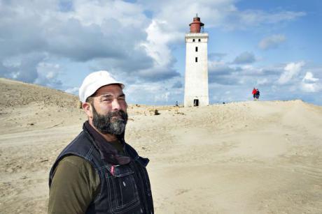 Murer flytter fyrtårn på tusind ton