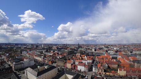 Danmark er rykket mod øst