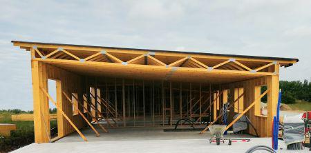 Bygger bæredygtigt med tagmoduler og vægrammer i træ