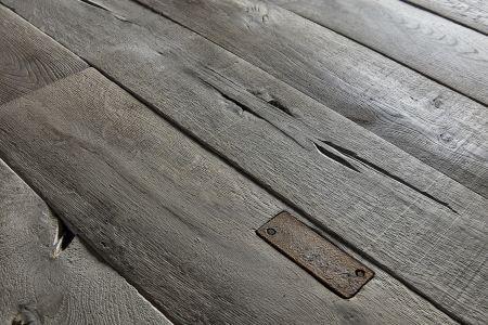 Nyt gulv er fyldt med 'fejl'