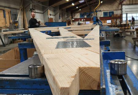 Fuld kraft frem i træelementproduktionen