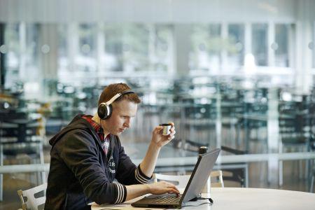 Ingeniørstuderende: Online-undervisning er ikke vejen frem