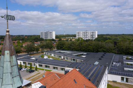 Flere ser lyset i solceller på taget