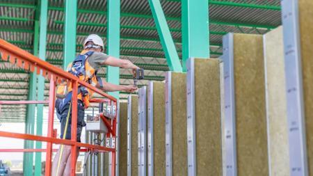 Transportvirksomhed bygger logistikcenter midt i Sverige